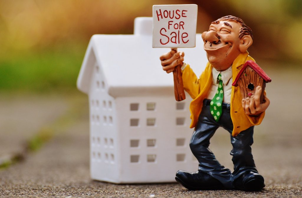 real estate agents, house, sell